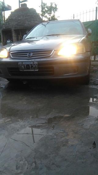 Honda Civic 1.7 Sedan