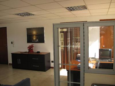 Oficina Ubicada En El Mejor Sector Comercial De Quito