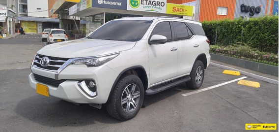 Toyota Fortuner Srv De Lujo At