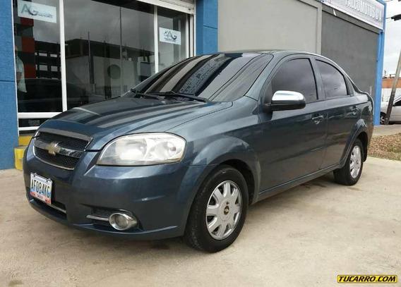 Chevrolet Aveo 4p Automatico