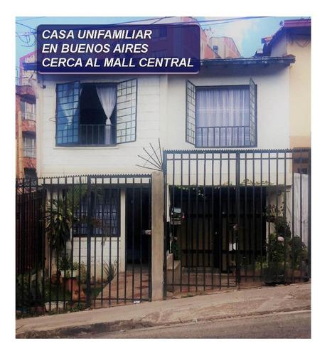 Imagen 1 de 12 de Se Vende Casa Unifamiliar En Buenos Aires
