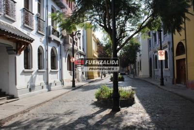 Barrio Yungay - Lucrecia Valdes / Compañia