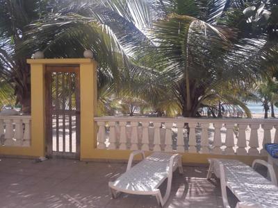 De Oportunidad Villa Amueblada En Línea De Playa Juan Dolió
