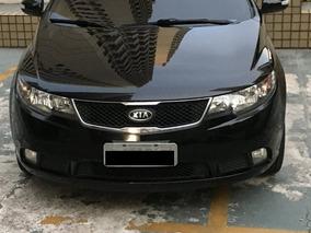 Kia Cerato 1.6 Ex2 4p - Carro De Família - Manutenção 100%