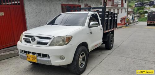 Toyota Hilux 2.7 Pt