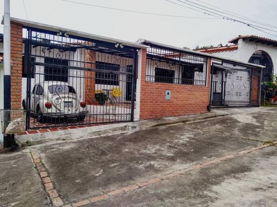 Casa En Tucape + Anexo De Apto Tipo Estudio