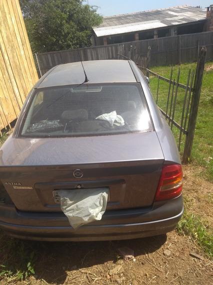 Chevrolet Astra 1.8 8v. Em Peças