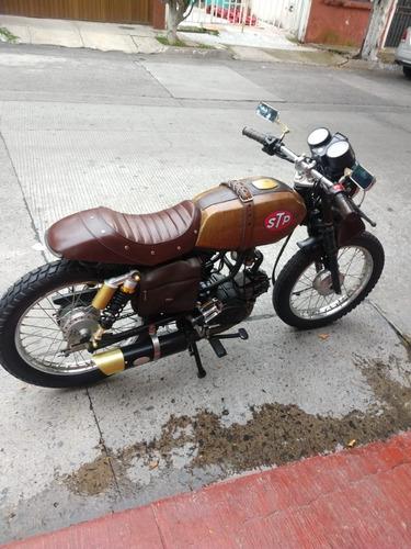 Imagen 1 de 8 de Moto Estilo Cafe Racer