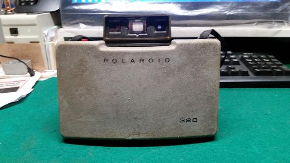 Máquina Fotográfica Polaroid 320