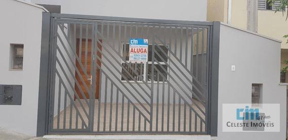 Sobrado Com 2 Dormitórios Para Alugar, 50 M² Por R$ 900,00/mês - Centro - Iperó/sp - So0084
