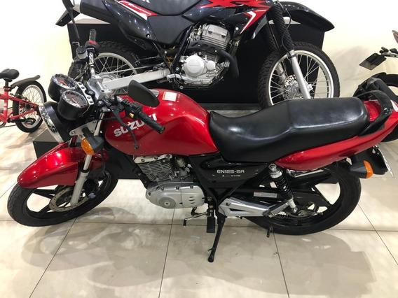 Suzuki En 125 2016 - 17500km Um