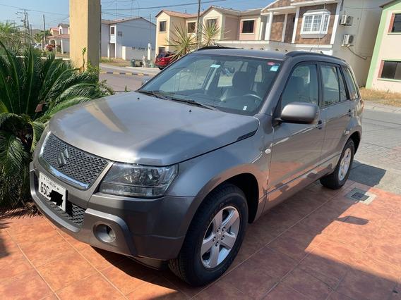 Suzuki Grand Vitara 2.0 2012 5 Puertas $13,999 Negociable