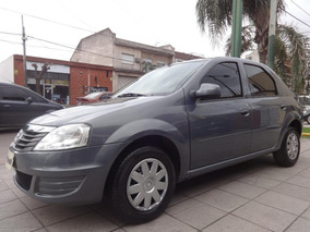 Renault Logan Pack 1.6 + Pack Electrico ^ Excelente ^