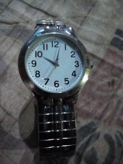 Reloj Plateado Para Hombre
