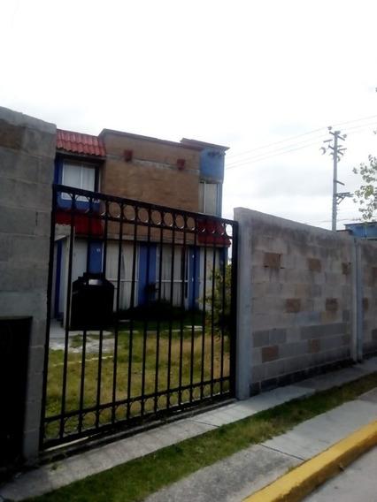 Casa En Venta Con Excedente De Terreno En Santa Teresa Huehuetoca