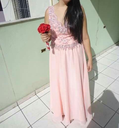 Vestido Rosa Claro Com Pedrarias.