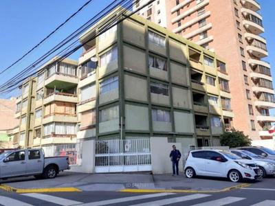 Departamento En Av.brasil En 2° Piso