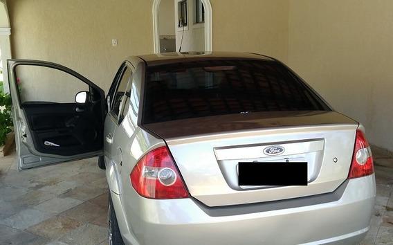 Ford Fiesta 1.6 - Sedã - Completo - Único Dono - 09/10