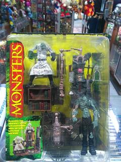 Frankenstein Play Set - Mc Farlane Monsters