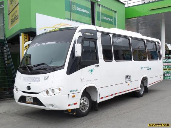 Autobuses Buses Nissan Ud