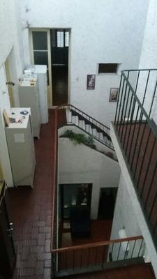Residencia Universitaria Mixta.