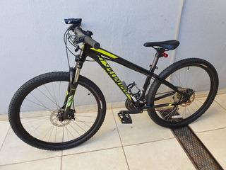 Bicicleta Specialized Hardrock 27.5