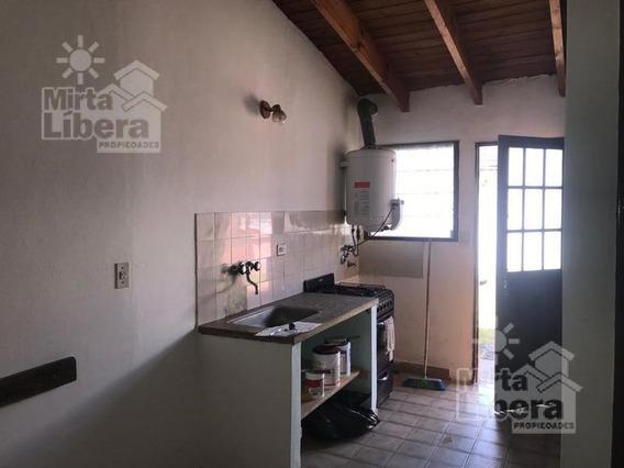 Casa En Venta Y Alquiler -calle 116 88 Y 89 -la Plata