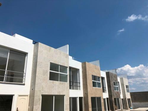 Condominio Nuevo Con Alberca En Cuernavaca 9 Casas