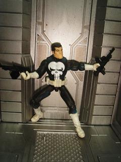 Punisher O Justiceiro Marvel Legends Universe 3.75