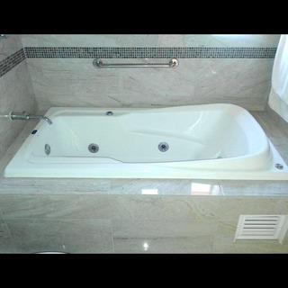 Bañera Mod.aries Individual Color Blanco Sin Hidromasaje