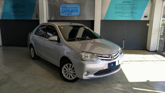 Toyota Etios 1.5 Xls Sedan C/gnc 2014