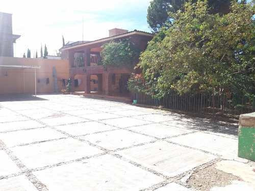 Venta De Amplia Casa En Guanajuato Capital