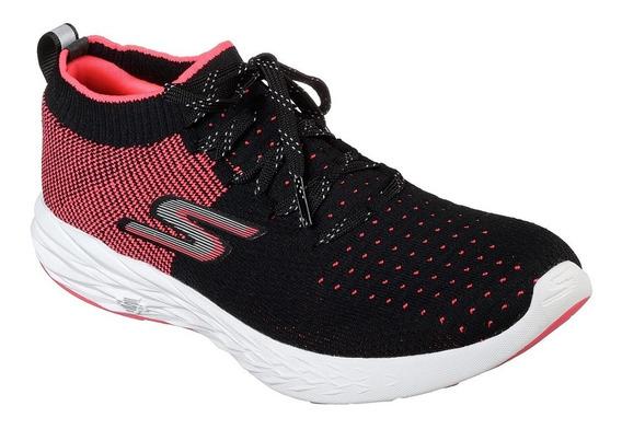 Skechers Zapatilla Training Mujer Go Run 6 Negro Rosa