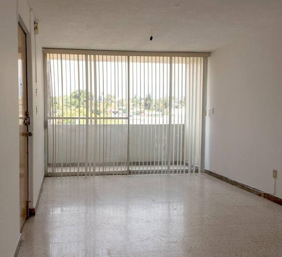 Departamento En Renta Pericon Esq Angelica, Lomas De La Selva