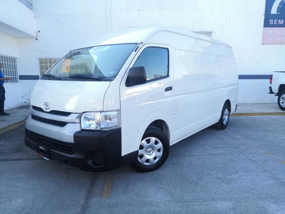 Toyota Hiace 2.7 Panel Super Larga Mt 2018 Credito Nacional