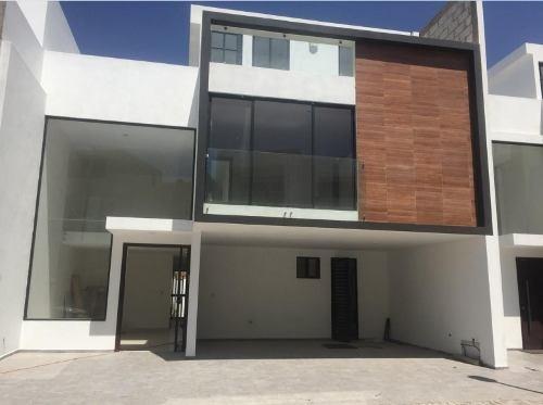 Venta De Casa Nueva En La Castellana Lomas De Angelopolis