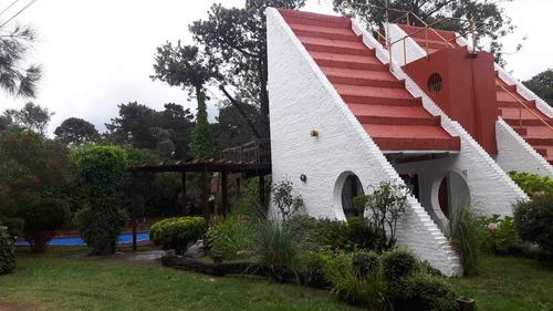 Imagen 1 de 9 de Casa, 8 Personas, Con Pileta, En Alquiler Villa Gesell