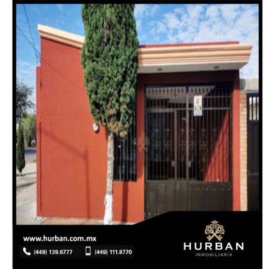 Hurban Vende Casa Al Sur De La Ciudad.