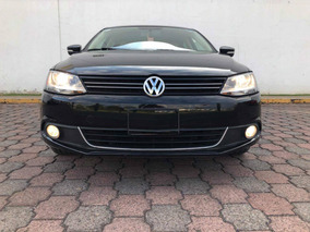 Volkswagen Jetta 2.5 Sport Man Qc Nav Paq B A C At