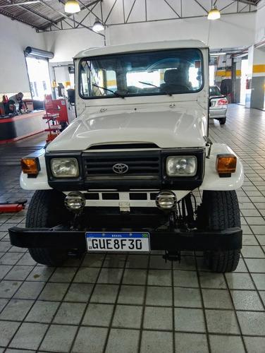 Toyota Bandeirante Banderante