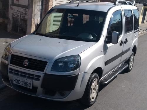 Fiat Doblo 2012 1.8 16v Essence Flex 5p