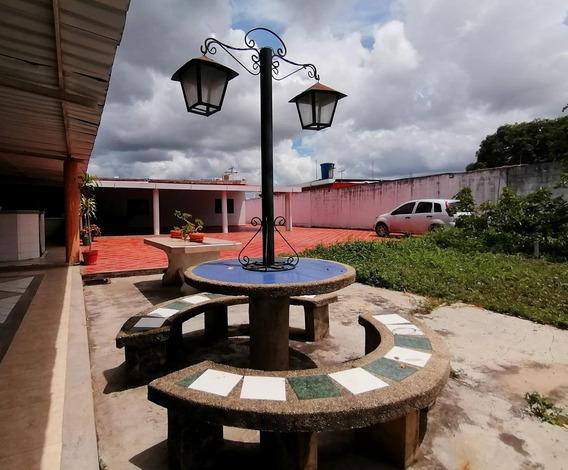 Bella Casa En Venta En Yaritagua Cod 19-16260