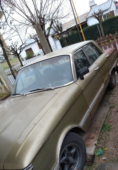 Ford Deluxe 5 Puertas