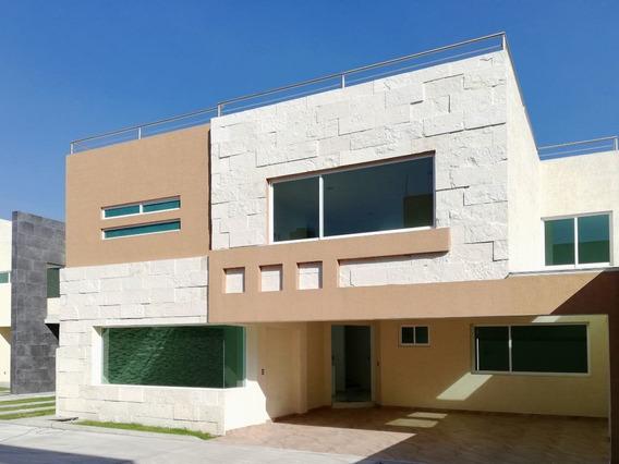 Casa En Venta En Metepec, Con Rápida Salida A La Cdmx