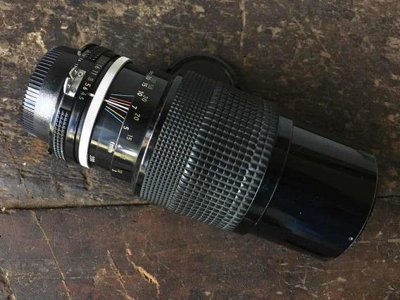 Objetiva Nikon 80-200mm F:4.5 Ai - Foco Manual