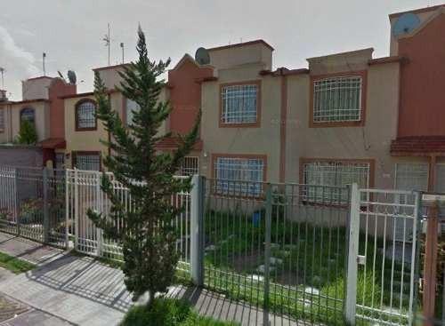 Remate - Casa En Condominio Residencial En Venta En Residencial Las Américas, Ecatepec De Morelos, Estado De México - Aut874