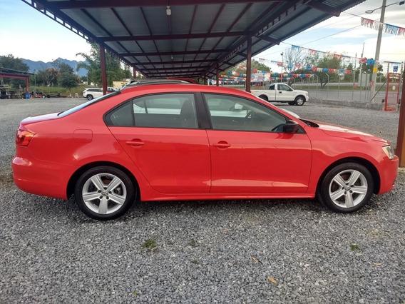 Volkswagen Jetta 2.0 At 2012