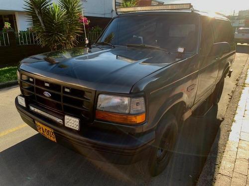 Imagen 1 de 8 de Ford Bronco 1996 5.0 Xlt