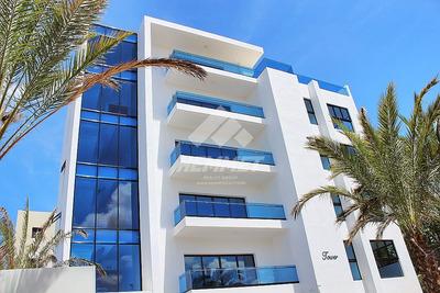 Apartamento Nuevo En La Esmeralda Santiago