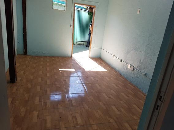 Casa 3 Quartos 2 Banheiros